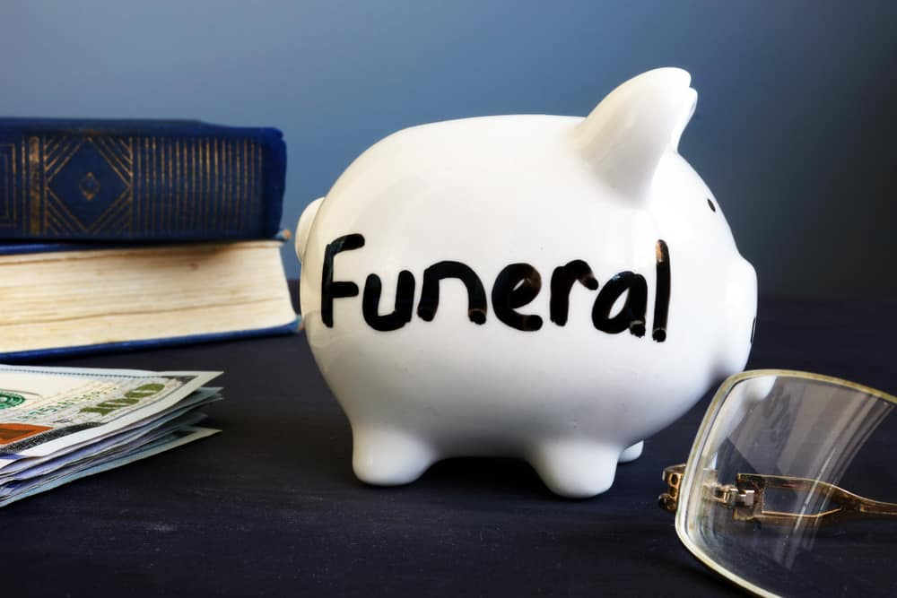Picture of a piggy bank for funeral savings